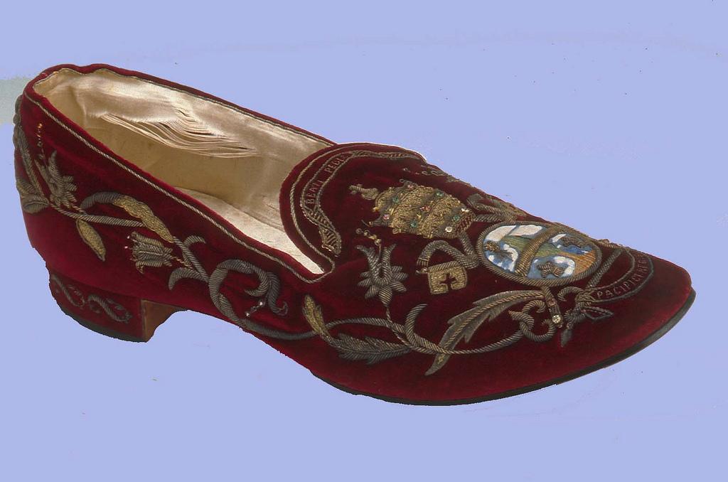 But Leona XIII z muzeum w Northhampton.