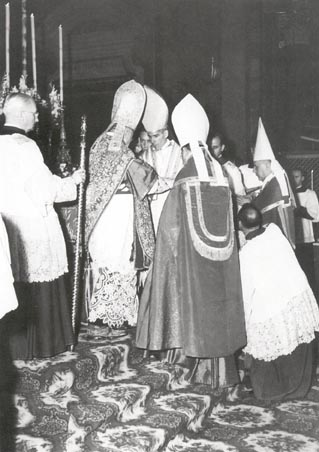 6-11-1951 mon sheen consecrated auxilary bish for the Arch of NY by Francis Cardinal Spellman of NY