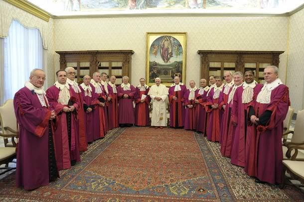 Rota Rzymska w czasie audiencji u Benedykta XVI.