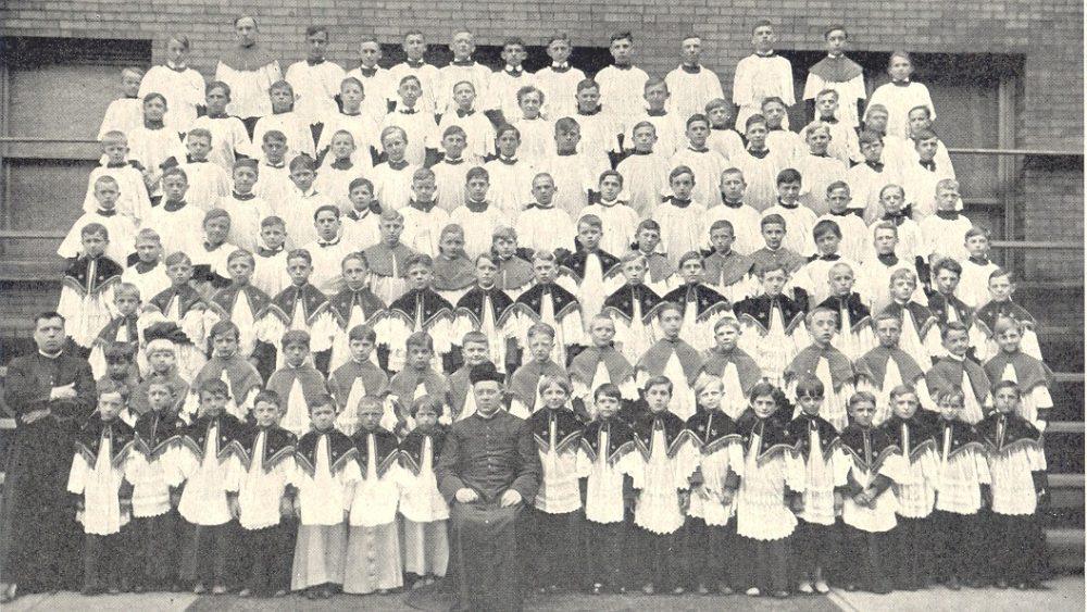 lg-kostka-1917-altboys