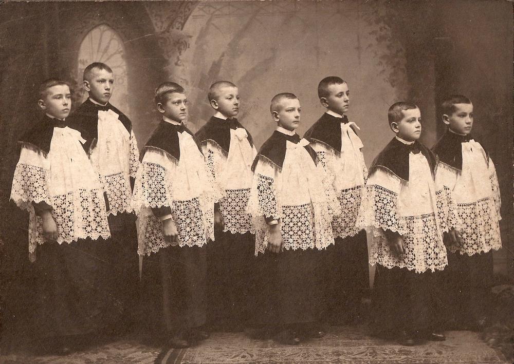 Altar_Boys_c1910