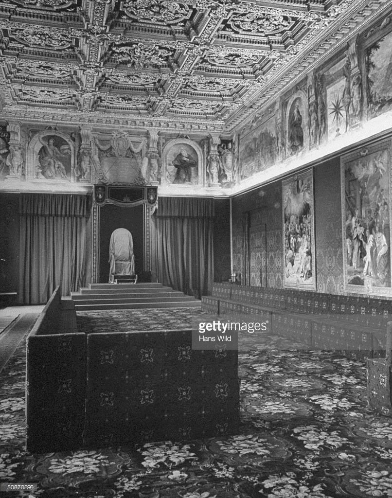 The Consistorial Hall prepared to hold a secret consistory.