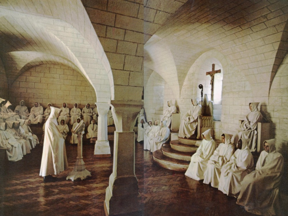 Monastery_Garments_Abbott_Chair