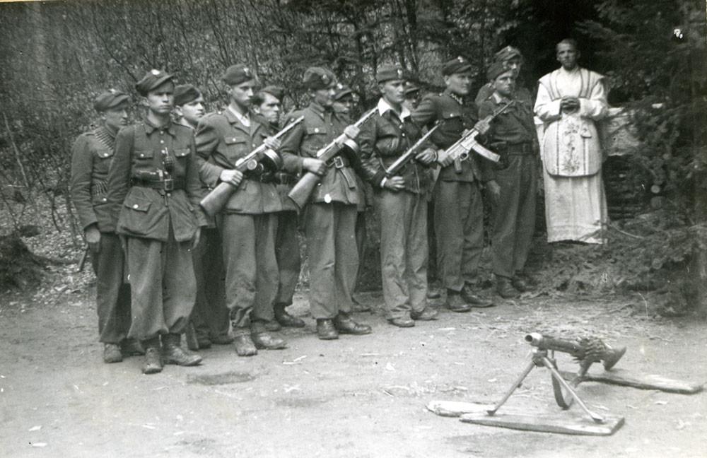 Msza-Polowa-Polskiej-Podziemnej-Armii-Niepodległościowców