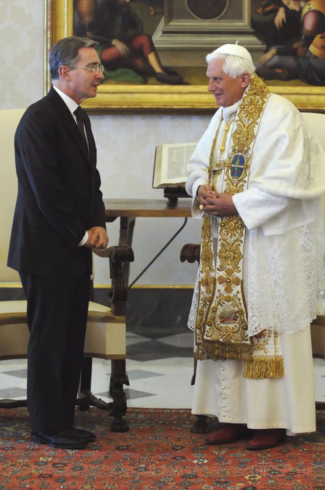 Benedict&AlvaroUribeVelez