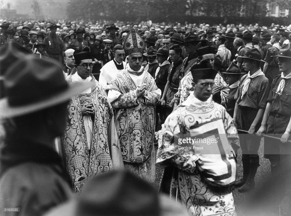 3163033-september-1929-the-archbishop-of-birmingham-gettyimages