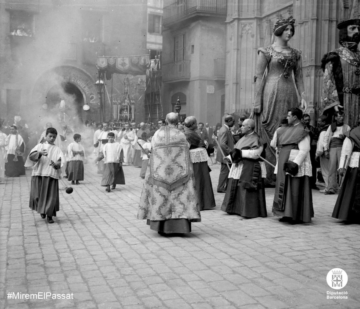 Barcelona, processó de Corpus davant de la Catedral ca. 1918.