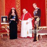 Papież, królowa i książę